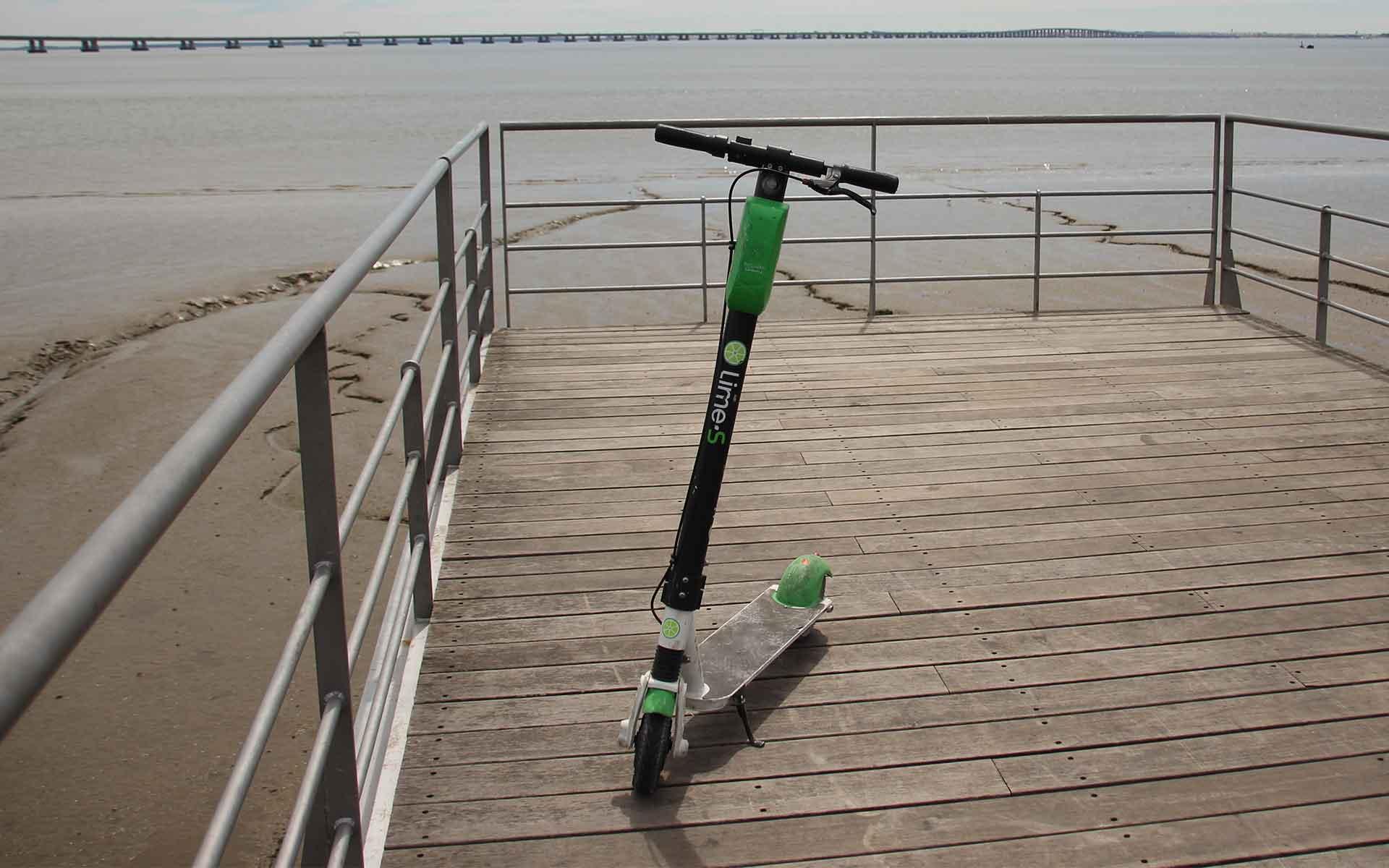 E-Scooter am Strand